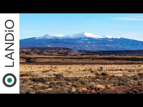 Land For Sale in New Mexico : Land with Electricity along Interstate 40 & Route 66 (Available)