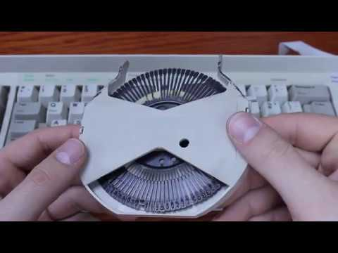 IBM Wheelwriter keyboard review (IBM buckling springs)