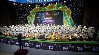 100 ДОМБРИСТОВ НИШ ФМН г Астана ИСПОЛНИЛИ КҮЙ САРЫАРҚА НА КОНЦЕРТЕ Ұлы дала мұрагерлері