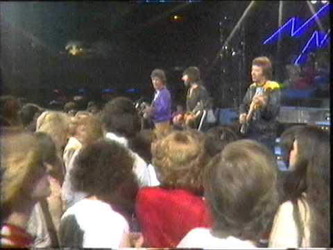 the tremeloes  silence is golden  unforgettable 1983