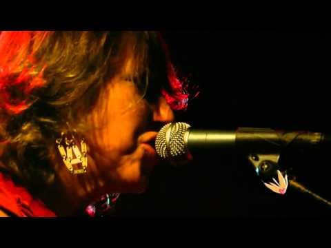 Martha Wainwright - The Minstrel Boy on YouTube