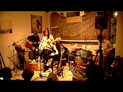 熊寶貝 - Today (cover, live at Forro Cafe, Taichung 2010.4.24)