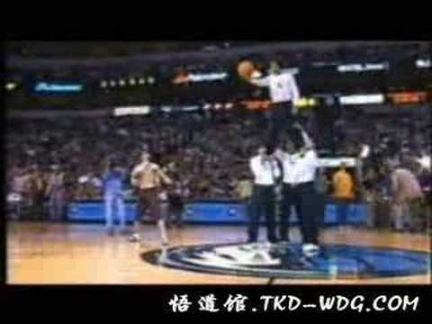 Tony Jaa's Incredible Performance