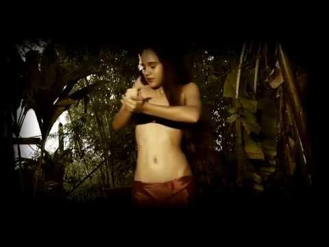 Natalia danse le aparima