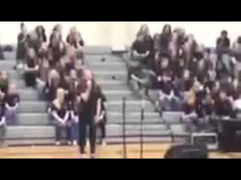 "11 Year Old Lauren Mask sings ""I found a Boy"" 2014 School Performance"