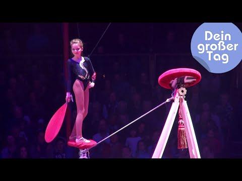Balanceakt im Circus Roncalli - Romy als Zirkusartistin | Dein großer Tag | SWR Kindernetz