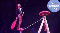 Balanceakt im Circus Roncalli - Romy als Zirkusartistin   Dein großer Tag   SWR Kindernetz