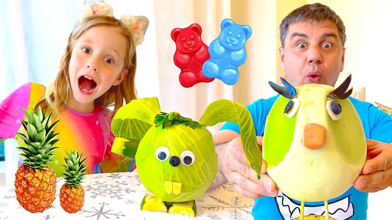 Nastya e sua amiga fazem estatuetas de animais com vegetais e frutas