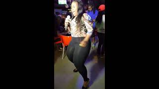 Download Video Bootylicious - Big Ass Chick - Vosho MP3 3GP MP4