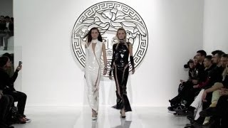 Download Video Versace Fall/Winter 2013 Full Show   EXCLUSIVE MP3 3GP MP4
