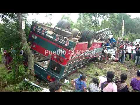 Accidente ruta a San Lucas Tolimán