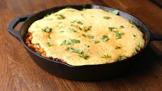 Cheesy Cornbread-Topped Chili