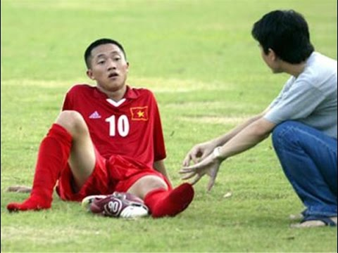 Những Cầu Thủ Việt Kiều Thất Bại Khi Hồi Hương Thi Đấu