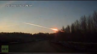Meteorite crash in Russia: Video of meteor explosion that stirred panic in Urals region(Courtesy: Fedor Potapov (0:00) Courtesy: SuperOlololololo (0:16) Courtesy: Andrey Korolev (0:36) Courtesy: mitslancer9 (1:02) Courtesy: Alexander Bulanov ..., 2013-02-15T05:27:46.000Z)