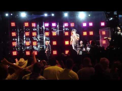 Tim McGraw - Keep on Truckin (CMA Fest 2014) (New Song)