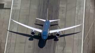 un Boeing 787 décolle à la verticale !