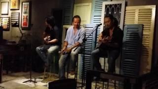 Nó Và Tôi ( Acoustic ) - Đình Dzũ & Lê Phương