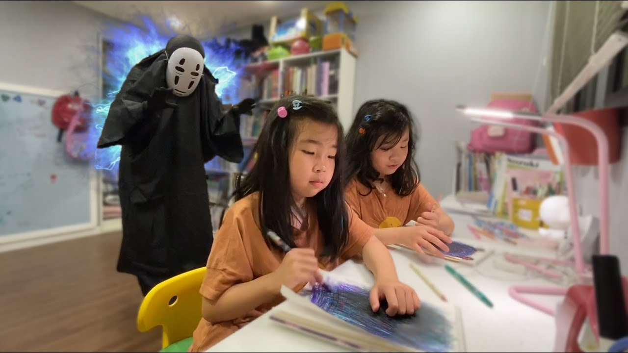 절대 뒤돌아보지마! 저주에 걸린 가오나시 유령가면 신비아파트 벽장귀신 벽장유령 l DO NOT LOOK BACK l Ghost movie kaonashi