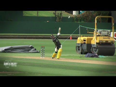 Michael clarke practicing for wc 2015