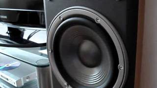 Bass i love you By JBL e60