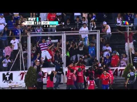 Gol Marco Fabian Cruz Azul vs Puebla 15/02/14