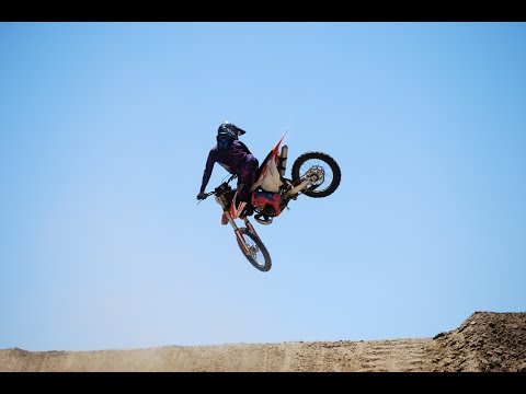 How to whip a dirtbike / motorcycle