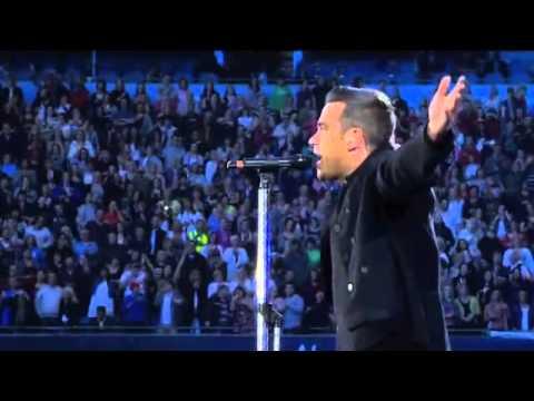 Robbie Williams - Come Undone - Progress Live 2011