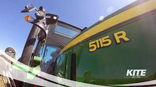 Video John Deere 5R traktorok a KITE Zrt.-től download MP3, 3GP, MP4, WEBM, AVI, FLV November 2017