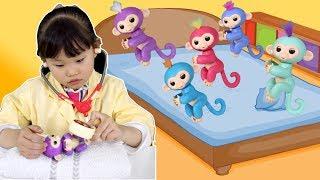핑거링스 점핑온더베드 | 라임의 어린이 병원 의사놀이 율동동요 Five Little Monkeys | Nursery Rhymes