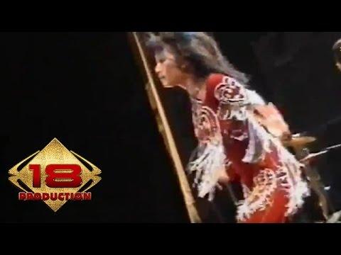 Uut Permatasari - Kuda Lumping (Live Konser Probolinggo 11 Februari 2006)