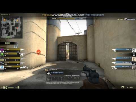 Teammate gets knife ace during MM