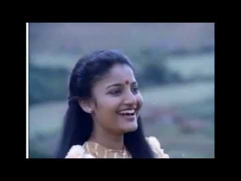 Vathilpazhuthilooden(female version) ~ Idanazhiyil Oru Kalocha