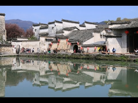 HONGCUN AND XIDI, OLD VILLAGES IN ANHUI PROVINCE • China by train