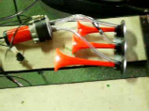 Buzina 3 Cornetas com toque Alternado  12 volts