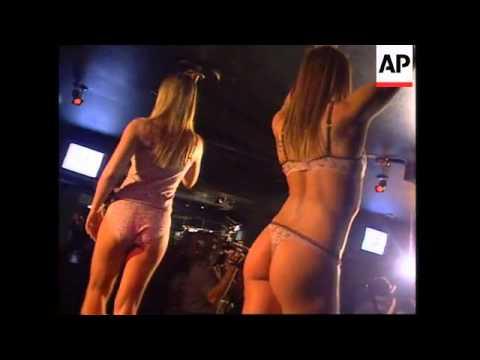 Elle Macpherson Shows Off Lingerie At Aussie Strip Club