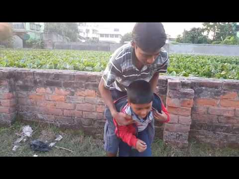 Nil Giri and Hulo fighting in ground