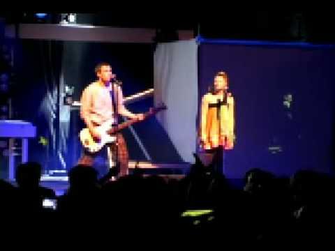 MIA. Tour Videoblog: 'Mausen' live mp3
