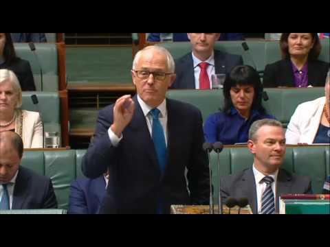 Malcolm Turnbull gives Susan Lamb shopping advice during answer on penalty rates