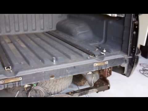 Nissan Navara D40 - Cracked Chassis & Tub Removal