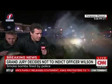 Full HD - CNN Anchors Chris Cuomo & Don Lemon Hit with Tear Gas While Covering Furguson Riots Live