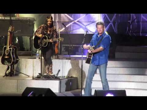 Ten Times Crazier Blake Shelton Tour Albuquerque September 4, 2014