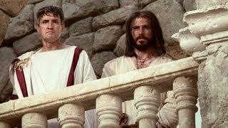 Jésus est condamné devant Pilate