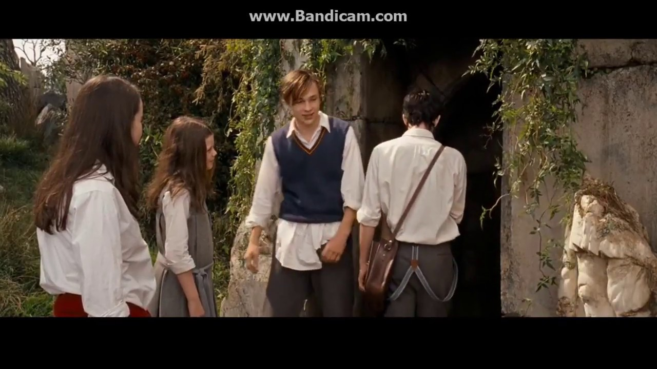 Download The Chronicles of Narnia: Prince Caspian (2008) Rediscovers Cair Paravel