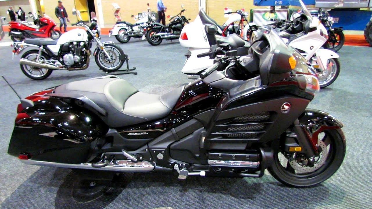honda gold wing fb walkaround  toronto motorcyle show youtube