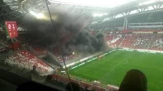 Фанаты ЦСКА подожгли Казань Арену, матч с Рубином остановлен