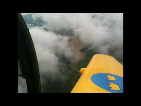 Cumulus hunting in a Saab 91B Safir