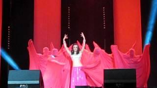 SPL UK Event - Sanaya Irani's Entry Dance - Bhare Naina