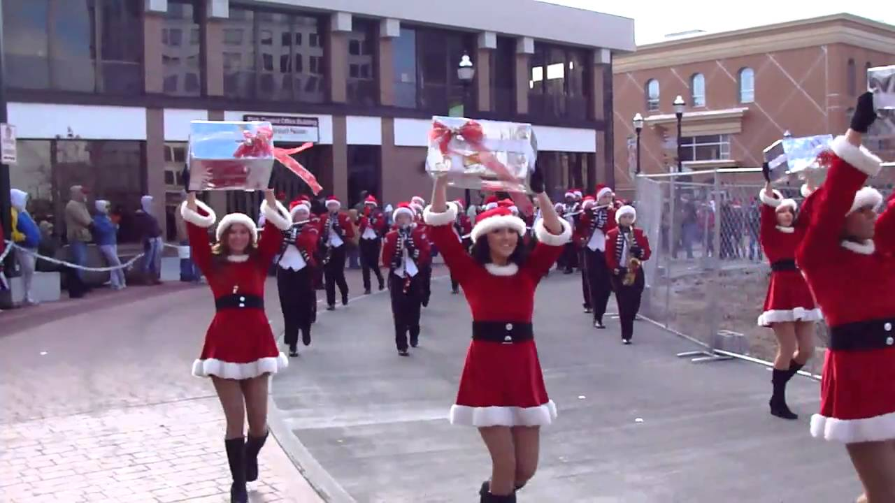 2010 Downtown Springfield Christmas Parade- Blue Eye High School ...