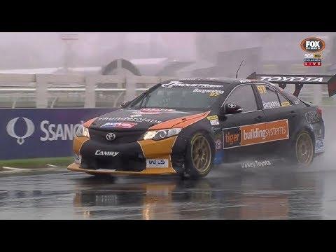 2017 NZ V8 Touring Cars - Pukekohe - Race 1