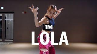 Iggy Azalea, Alice Chater - Lola / Debby Choreography